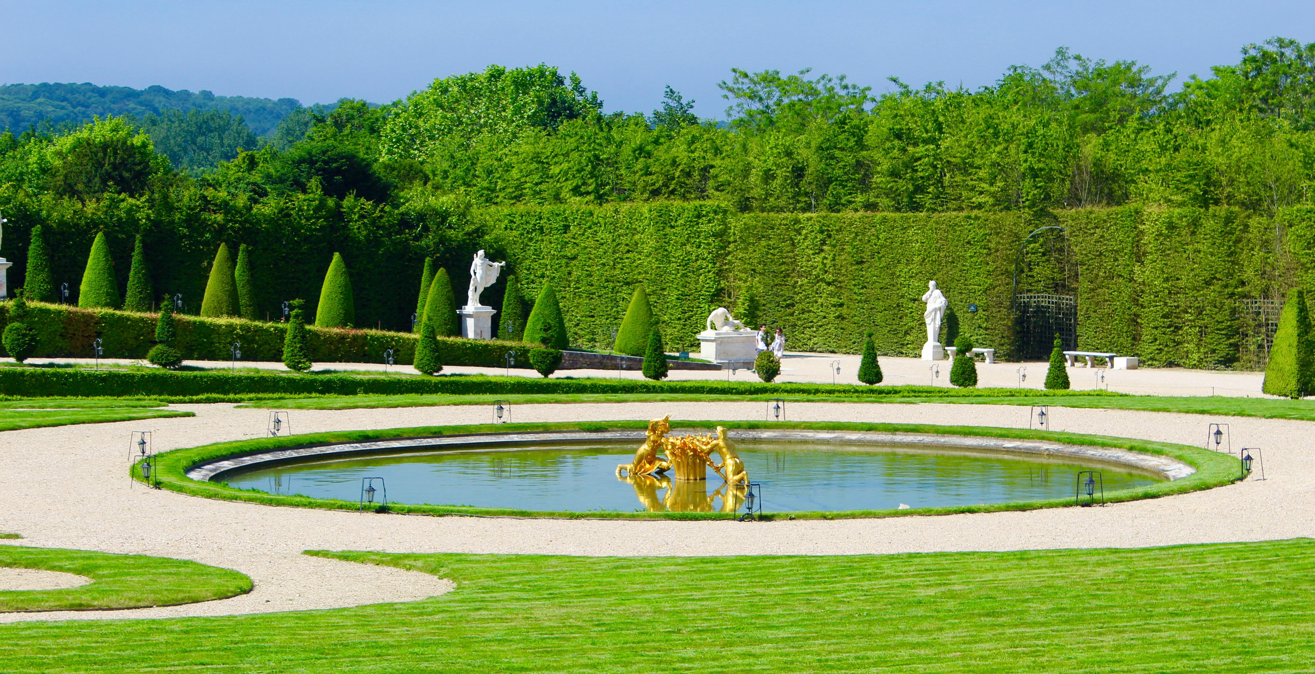 Versailles les jardins la fran aise ce qu 39 il y a de - Jardin a la francaise caracteristique ...